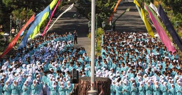 Info Snmptn Dan Sbmptn Universitas Sebelas Maret Uns Solo Terima 2 398 Mahasiswa Baru Program
