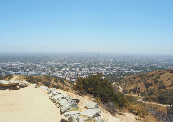 TravelGuidetoLAviewfromrunyoncanyon