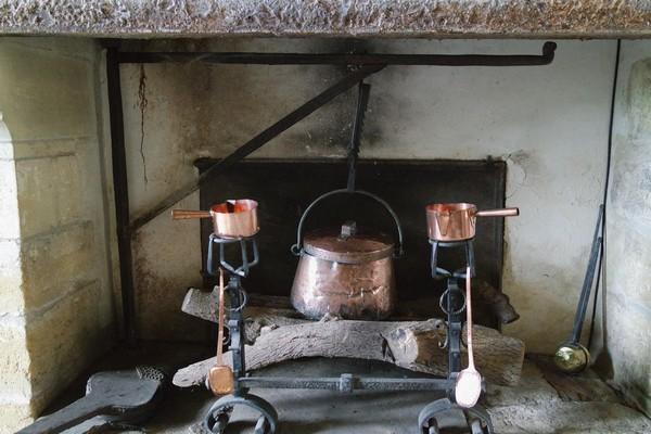dordogne jumilhac château cuisine