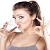 4 Manfaat Ajaib Rutin Minum Air Putih Setiap Bangun Tidur Pagi