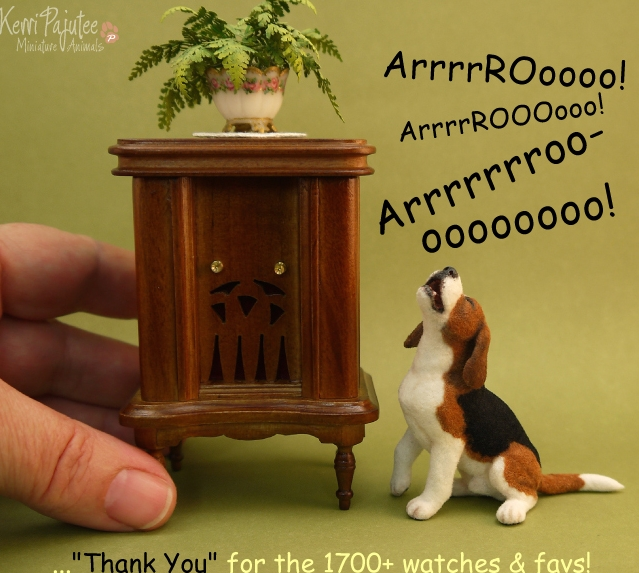 27-Arrrrooo-Kerri-Pajutee-Miniature-Sculpture-that-look-Real-www-designstack-co