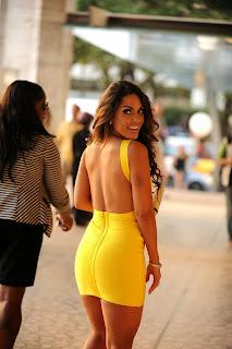 mujeres-bellas-vestidos-cortos