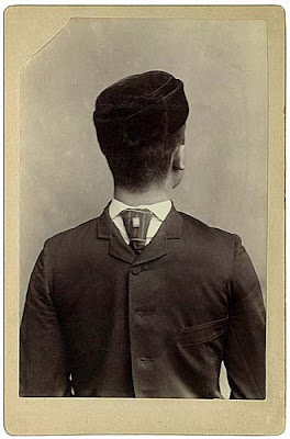 Lustige alte vintage Bilder - Mann verdrehter Kopf