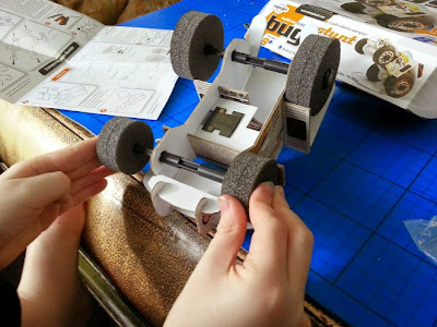 Building an electric stunt buggy model  kit from Interplay
