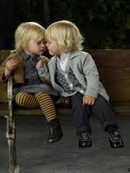 Top latest hd Baby Boy to Girl frist kiss images photos pic wallpaper free download 24