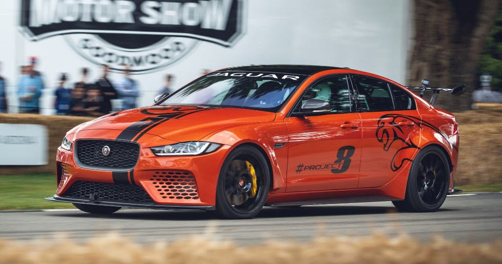 jaguar xe sv project 8 storms up the hill at goodwood. Black Bedroom Furniture Sets. Home Design Ideas
