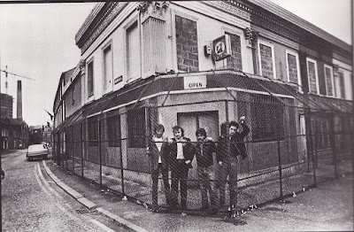 Doctor Feelgood, The Skids Stuart Adamson, Sandy Row, Ulster Troubles, Belfast