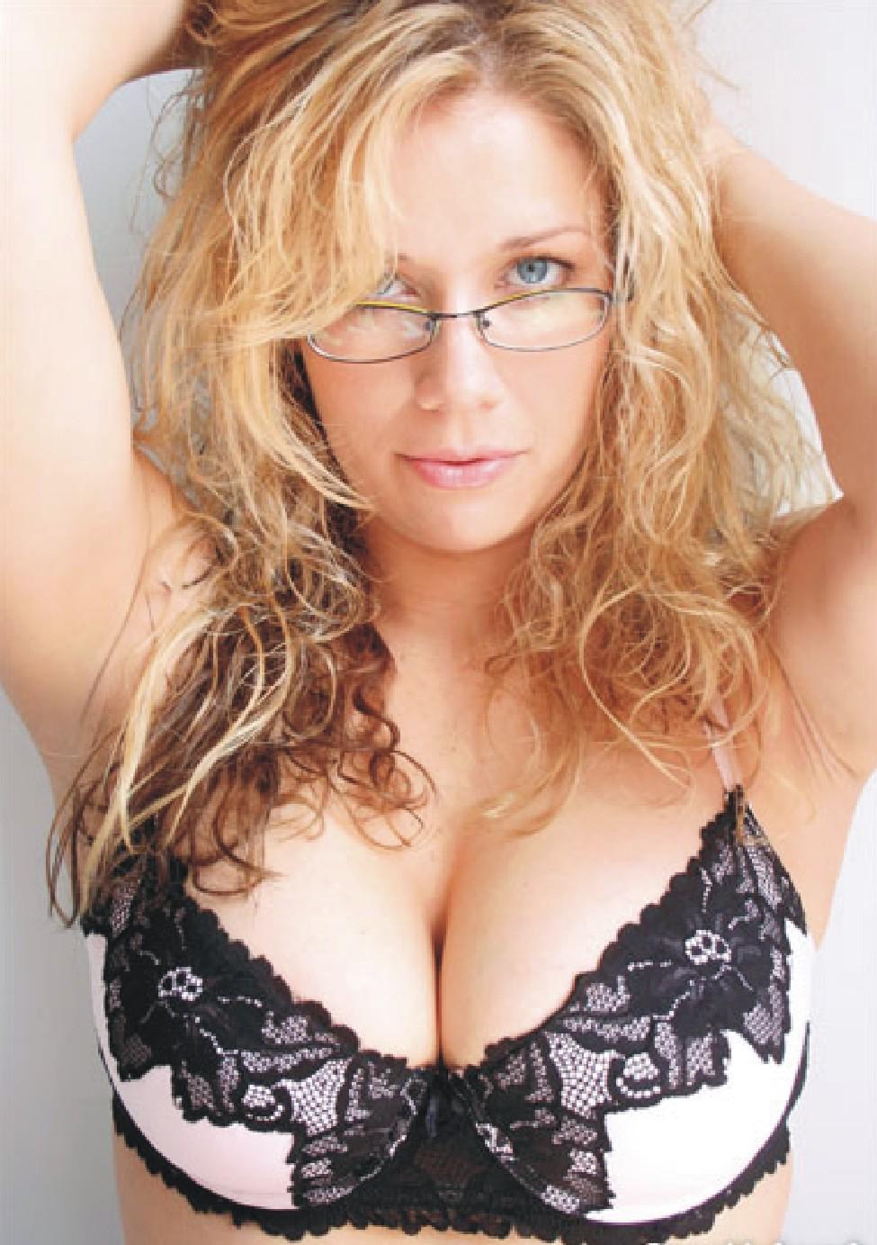 Seductive Blonde Boobs 63