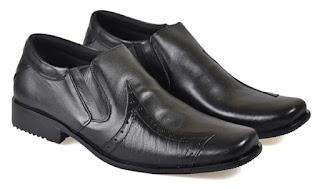Sepatu Kerja Pria Kulit Asli TFC 390 Model Keren