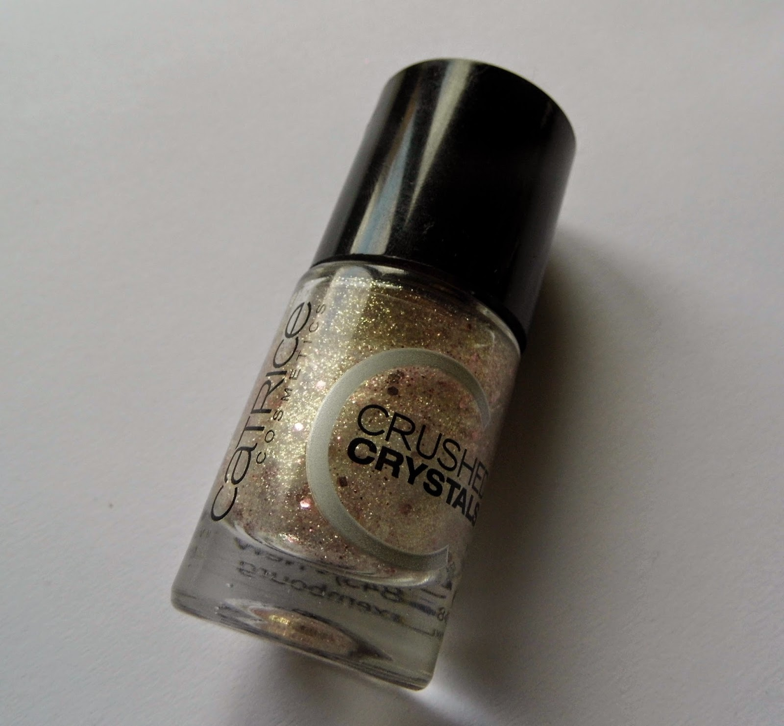 catrice-crushed-crystals-oyster-and-champagne-nail-polish-bottle-picture