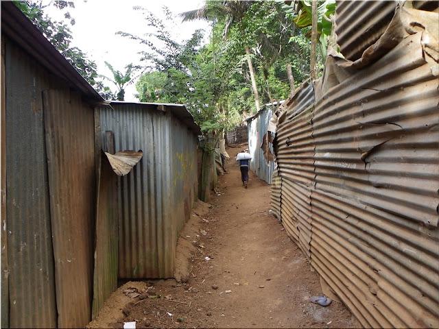 Mayotte bidonville