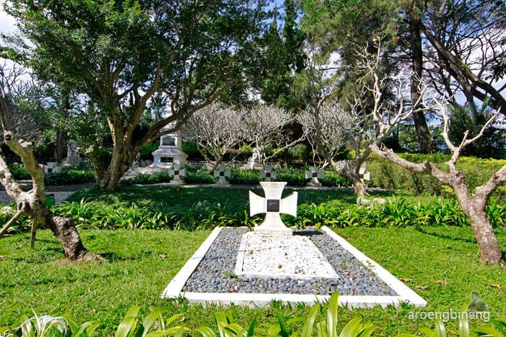 situs makam jerman arca domas bogor