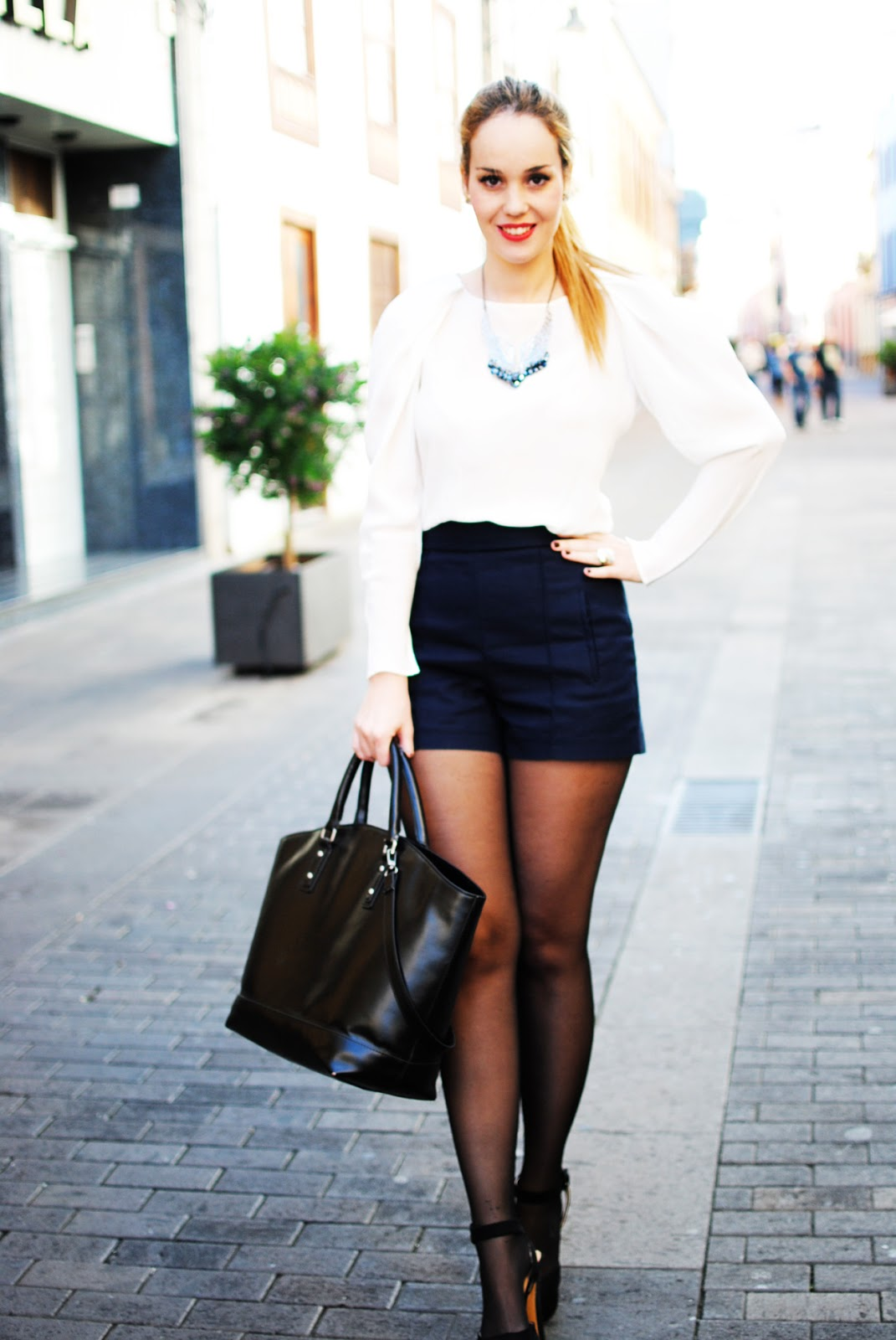 maxnina, nery hdez, shoppìng bag, zara shoes