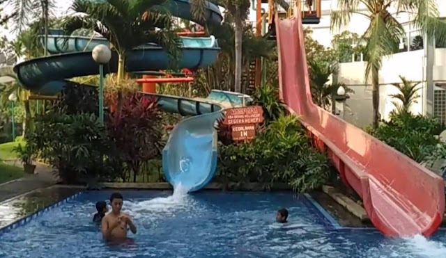 Harga Tiket Kolam Renang Villa Meruya waterpark Jakarta Barat