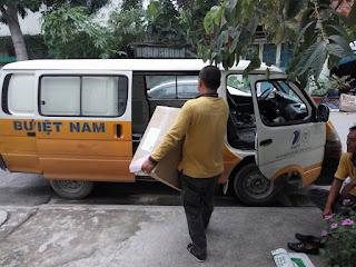 khách hàng phản hồi vận chuyển của ban hoc thong minh cho be