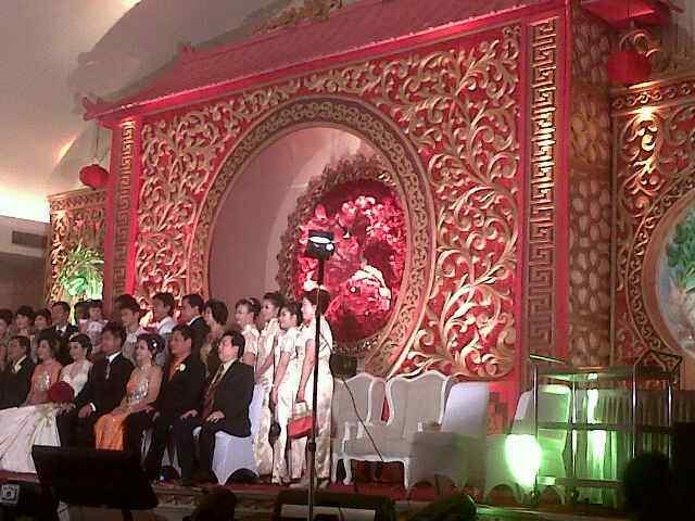 Dekorasi background backdrop ukiran motif & ornament dari gabus styrofoam.