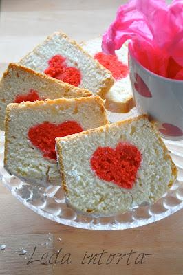 white cake recipe, ricetta torta di albumi, torta san Valentino, torta cuore