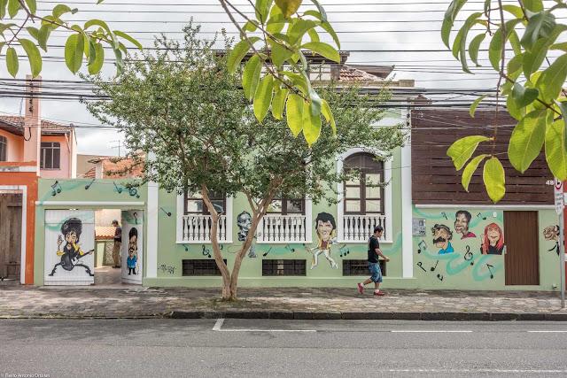 Casa na Avenida Jaime Reis, 480
