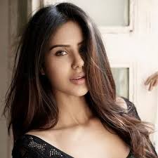 Sonam Bajwa, Biography, Profile, Age, Biodata, Family, Husband, Son, Daughter, Father, Mother, Children, Marriage Photos.
