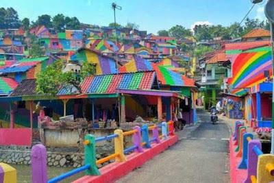 Spot Wisata Kampung Pelangi Bejalen