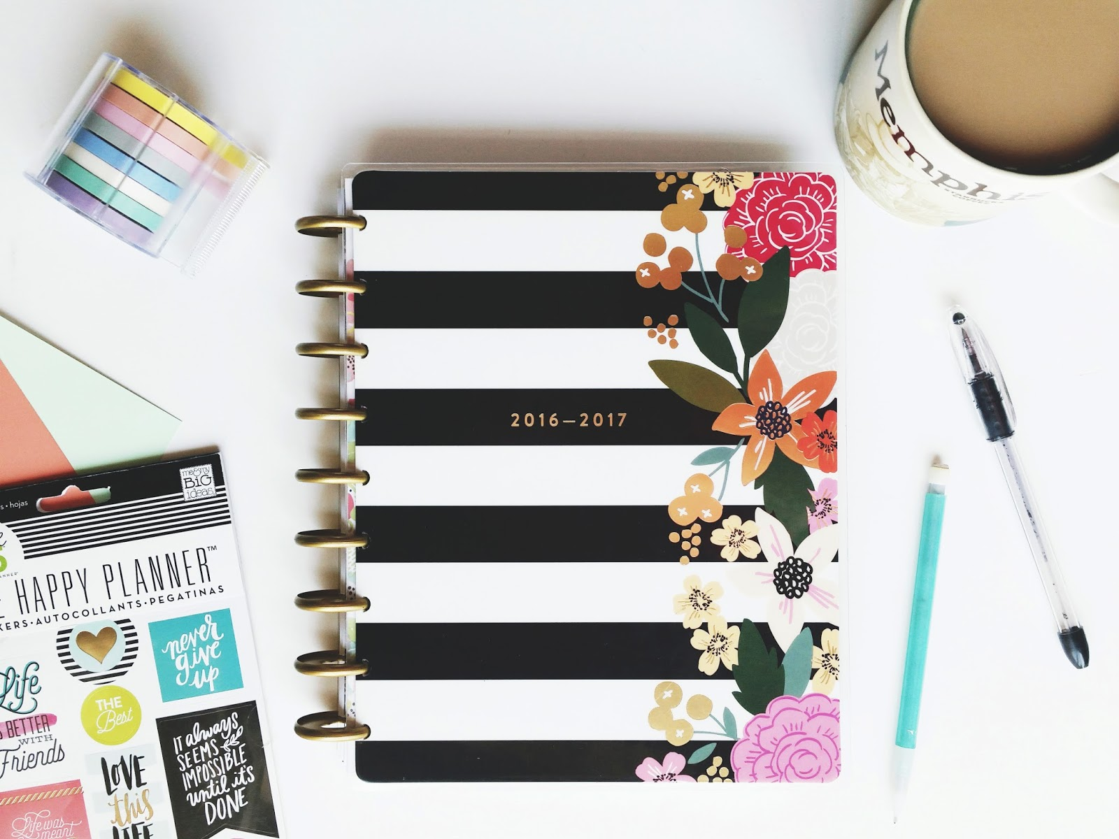 the paper pickle co happy planner sale continues