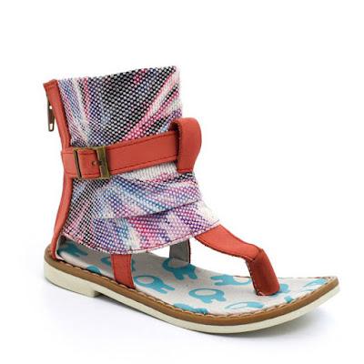 Moda primavera verano 2018 sandalias nenas.