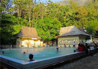 Pemandian air hangat tirta husada, Pacitan, Jawa Timur