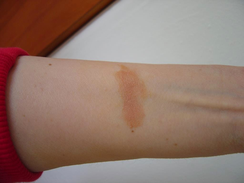 IT Cosmetics NEW Limited Edition CC+ Bronzer blended swatch.jpeg