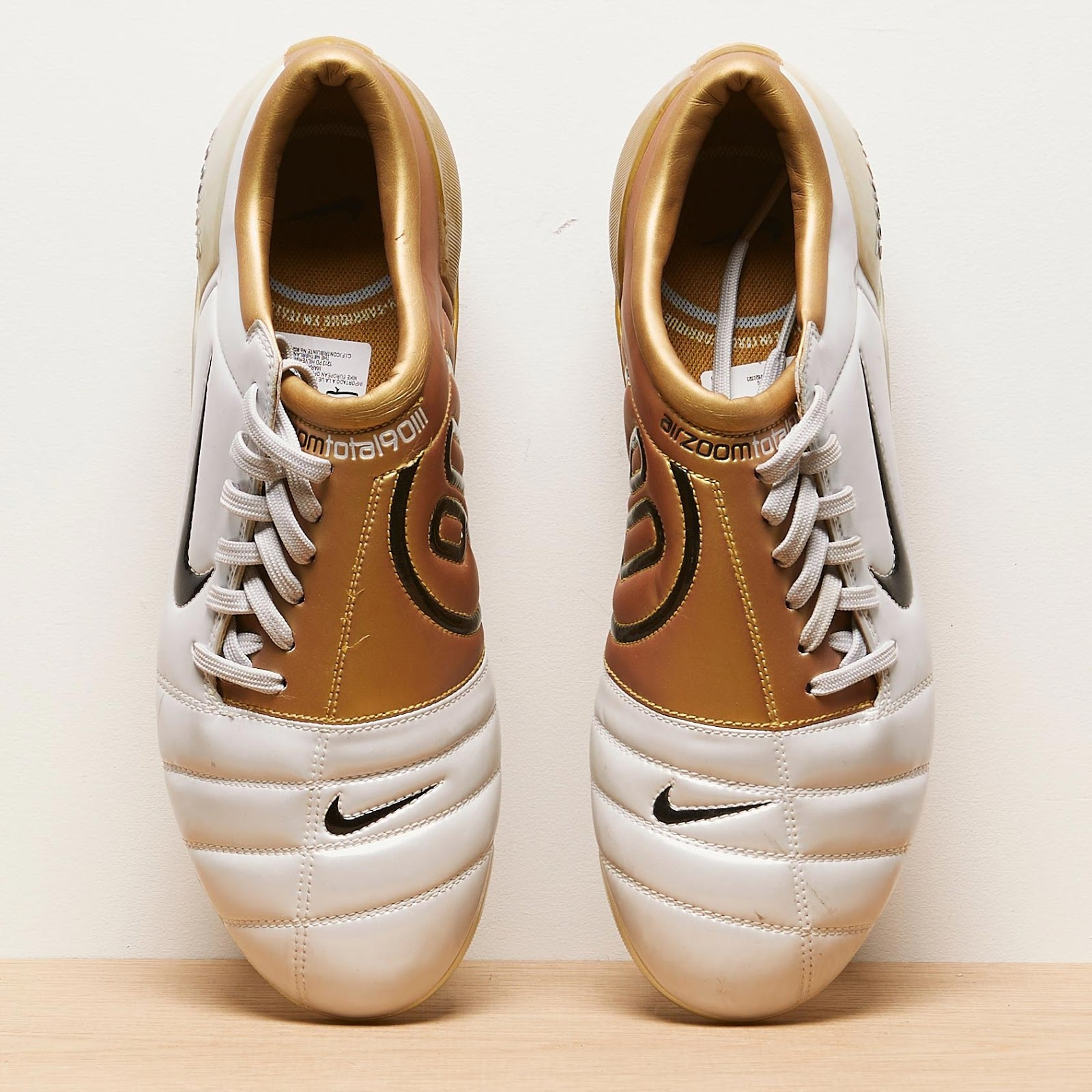 huge discount fc38f e9aae Nike Air Zoom Total 90 III 2004 Football Boots | All ...
