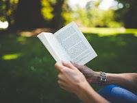 Buku Adalah Gudang Ilmu
