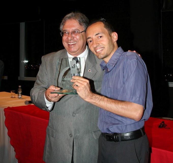 Eduardo recebe Prêmio Gutenberg