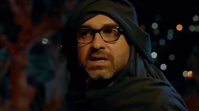 Pankaj Tripathi as Rudra in Stree