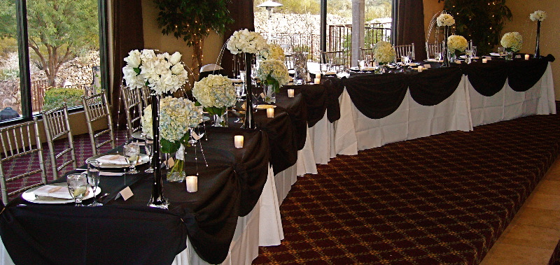 Sweetheart Table Vs Head Table For Wedding Reception: Rothweiler Event Design: Head Table Vs. Sweetheart Table