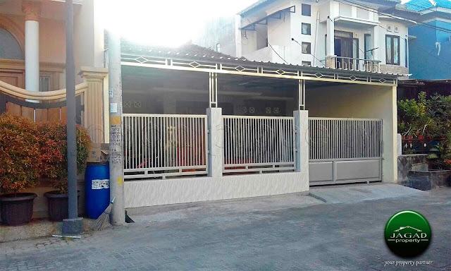 Rumah dalam Perum Shangri La Garden dekat Bandara