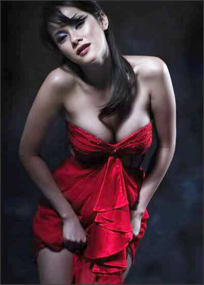 Koleksi Foto Olla Ramlan Paling Hot Bikin Pria Tergila-gila