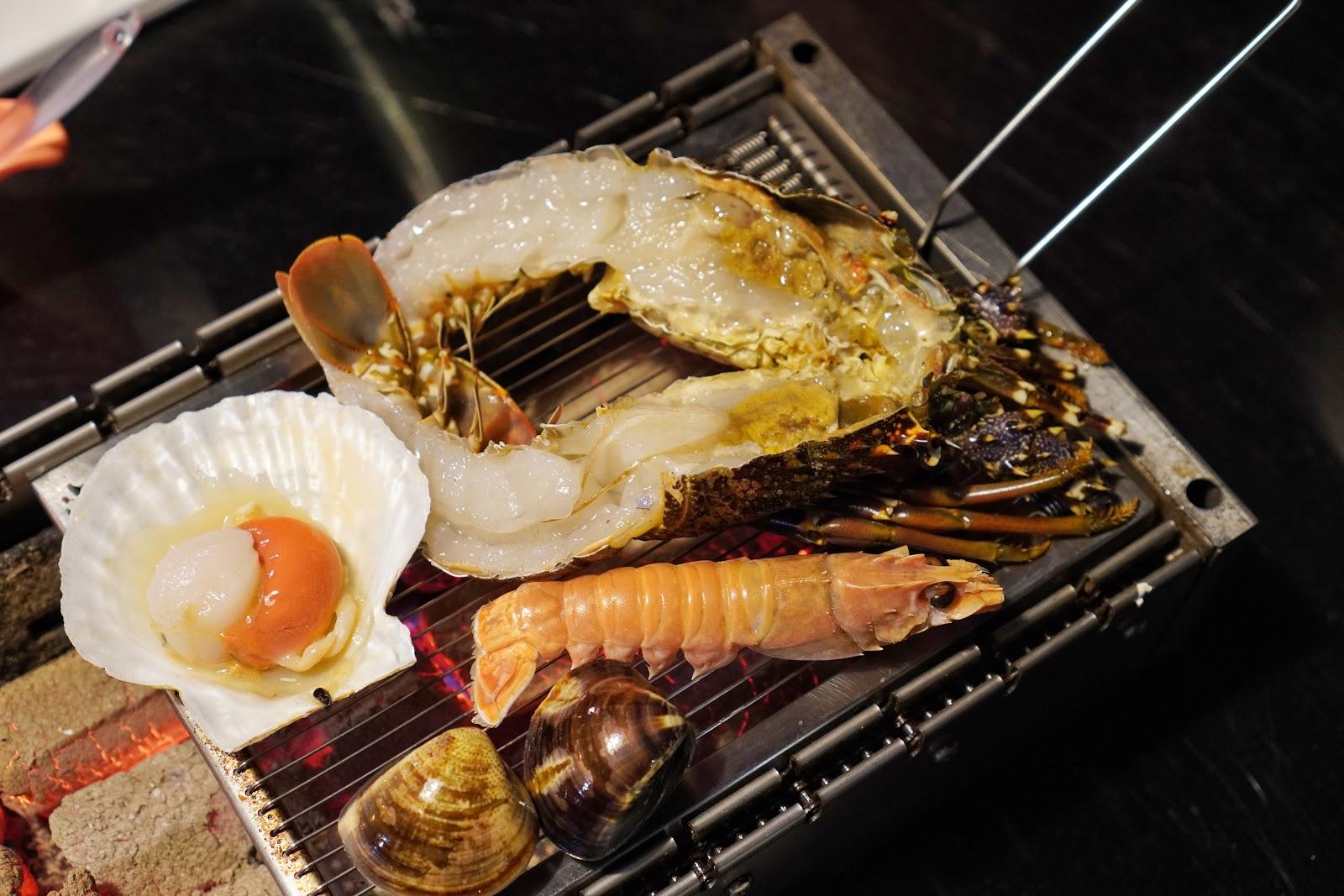 台南美食【請上桌國際港灣】生猛海鮮拼盤