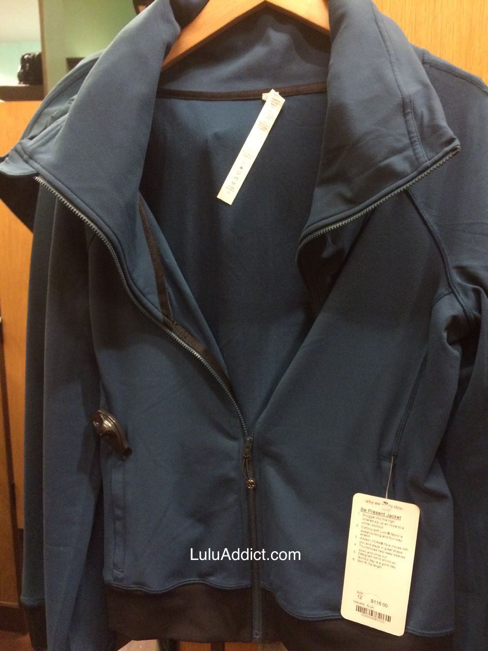 lululemon Alberta Lake Be Present jacket