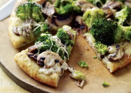 nefis-brokolili-pizza-tarifi