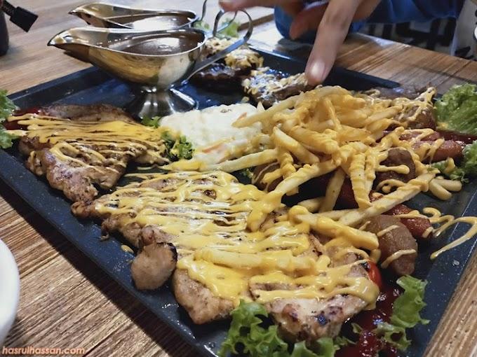 First Time Makan Western Food Atas Dulang