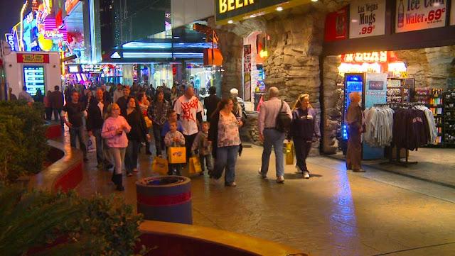 Caminhar pela Strip em Las Vegas