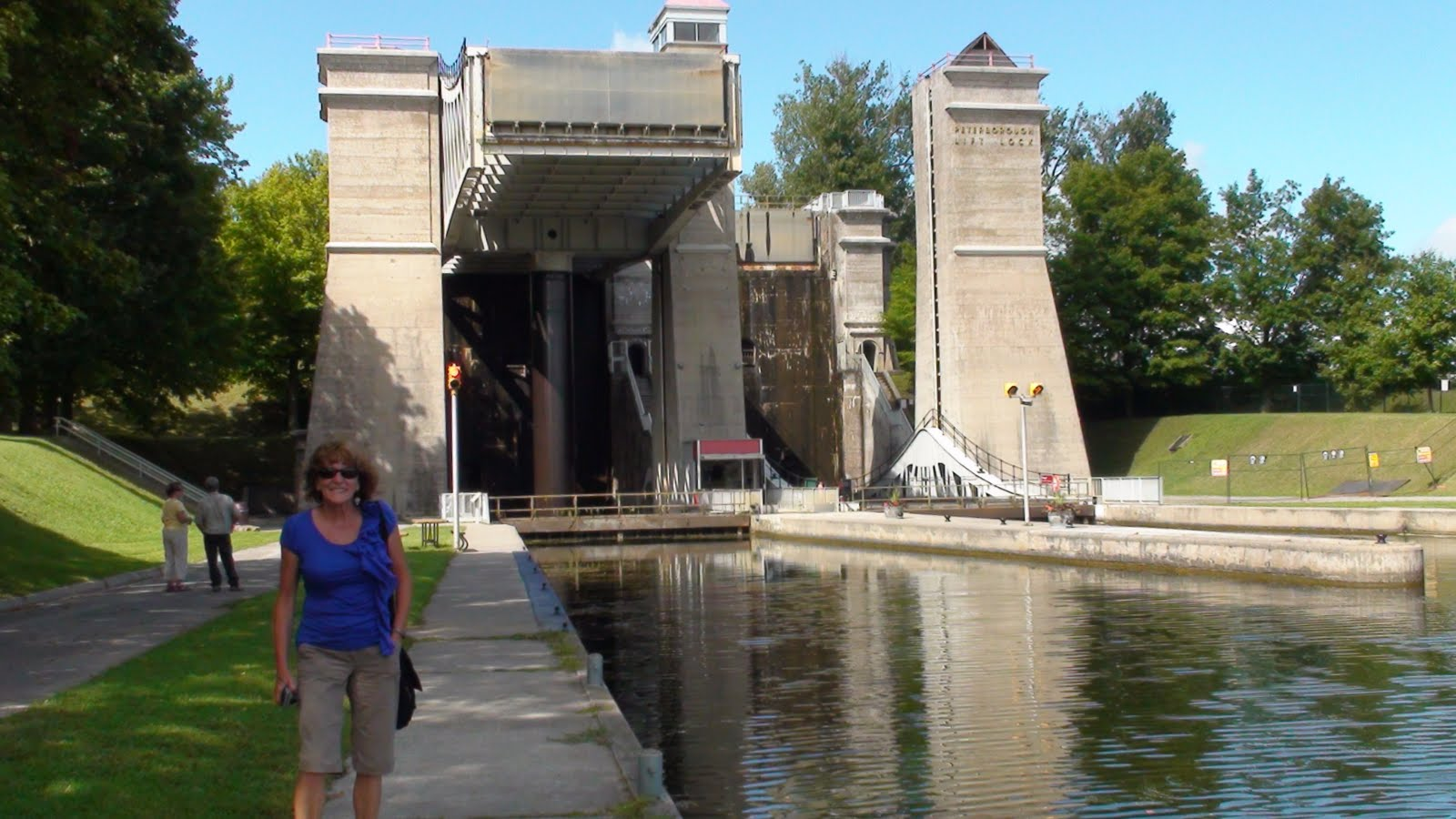 Liz in front of the Lock #21