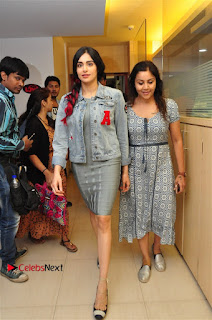 Vidyut Jamwal Adah Sharma Commando 2 Movie Team at Radio Mirchi 95  0003.jpg