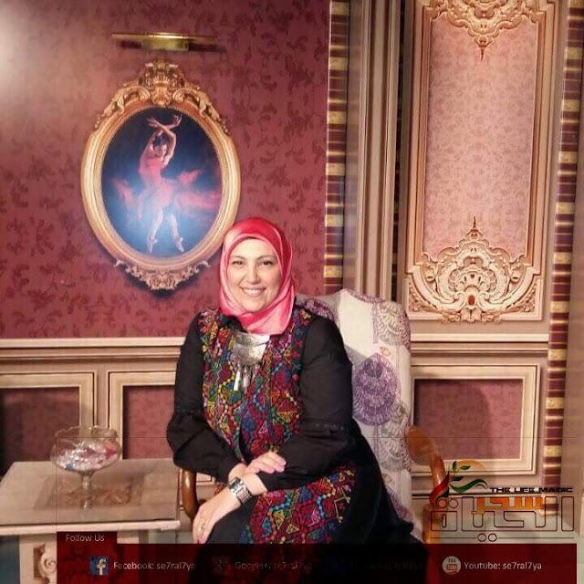 /هند حسين مصممة شنط من الجلد الطبيعي / أول من شجعها والدتها وزوجها وقدوتها الفنية سامي أمين