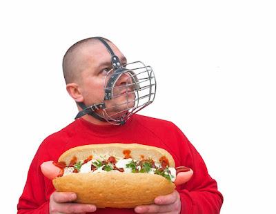 Berhenti atau mengurangi konsumsi makanan cepat saji