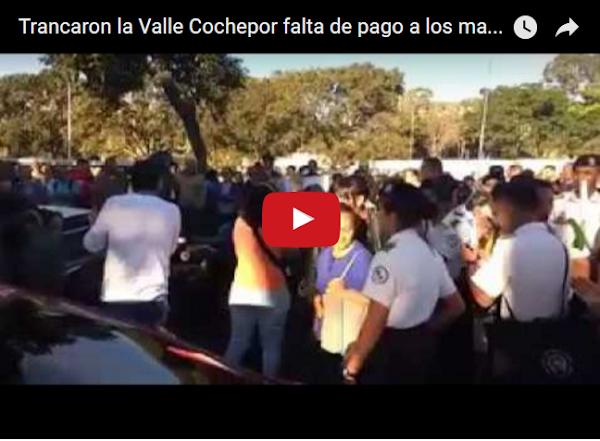 Estudiantes del liceo militar cierran la Valle-Coche