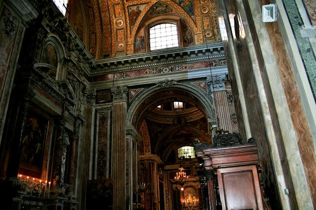 Gesù Nuovo Napoli, chiesa, monumento, quadri, decorazioni