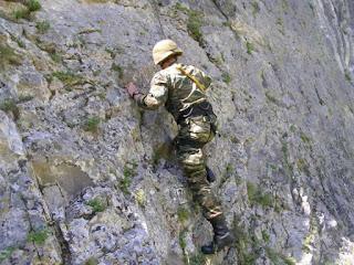 Επιχειρησιακή Εκπαίδευση σε αντικείμενα ορεινού αγώνα.