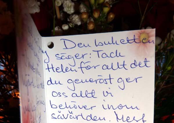 18 års kort text Tankar om och från min trädgård.: Dörrklockan ringde. 18 års kort text