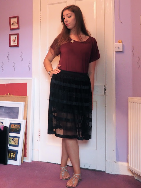 Lost Summer Nights - outfit of loose red top, sheer layered black skirt, silver sandals & jewellery