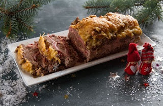 готовим мясной рулет с сыром из фарша на новый год